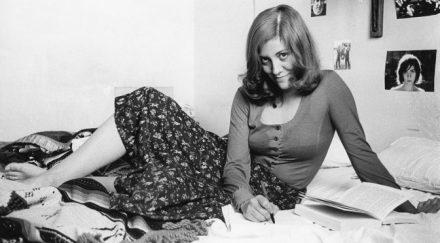 Montserrat Roig-maig-1973-Pilar Aymerich. Fotògrafa672x372